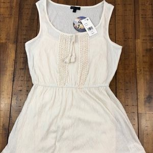 Bebop Juniors Creme Colores Dress Size-small